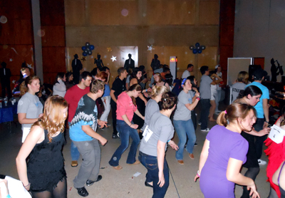 Honors Dance for a Chance group dancing